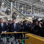 premierul-sorin-grindeanu-in-vizita-la-fabrica-ford-de-la-craiova